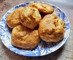 Gougères Also Known As French Cheese Puffs - Proper Food Yeast Bread, Bread Baking, French Cheese, Cheese Puffs, Choux Pastry, Eclairs, Muffin, Cooking Recipes, Breakfast