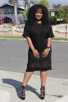 Chilling in my BooHoo Plus Size Midi T-Shirt Dress The Curvy Fashionista