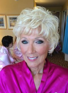 Makeup for mom, mother of the bride, makeup for mature skin, sexy eye makeup, smokey eyes  Www.salonnaomi.com
