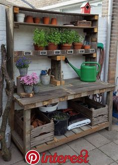 Good Photos pallet garden fence Tips No matter if you would like fence tips to define borders around your backyard, cover up a great eyesore, area . garden table potting benches Good Photos pallet garden fence Tips Outdoor Potting Bench, Potting Bench Plans, Potting Tables, Potting Sheds, Potting Soil, Outdoor Plant Table, Farmhouse Potting Benches, Potting Bench With Sink, Outdoor Benches