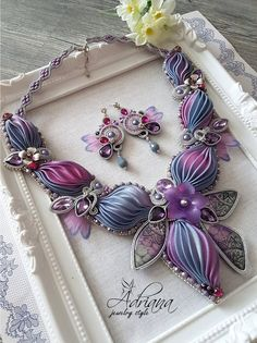 Master Class Shibori Jewelry Set Necklace And Earrings In Grey Purple Pink Colours.