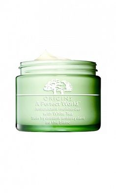 Origins' A Perfect World Antioxidant Moisturizer is a powerful antioxidant that protects your skin. // #Skincare