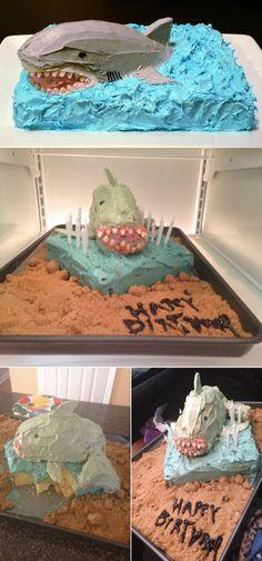 Top Funniest Cake Pinterest Fail DIY | http://diyready.com/40-pinterest-fails-to-make-your-day/