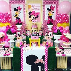 Apr pinklady events 's birthday / minnie mouse - photo ga Minnie Mouse Rosa, Pink Minnie, Minnie Mouse Party, Mouse Parties, Mickey Mouse Clubhouse Birthday Party, Minnie Birthday, 1st Birthday Themes, First Birthday Parties, Minnie Mouse Decorations