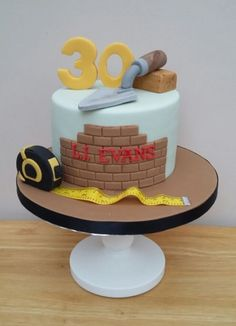 A bit of a change from the girly cakes was this one for Liam who has his own bui… - Creative Cake Decorating Ideen 30th Birthday Cakes For Men, Cool Birthday Cakes, Creative Cake Decorating, Creative Cakes, Decorating Supplies, Girly Cakes, Fancy Cakes, Fondant Cakes, Cupcake Cakes