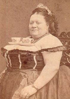 martin klasch: Vintage Photos: Sugar?  Tea Time