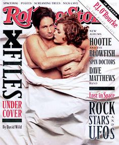 David Duchovny & Gillian Anderson of 'the X-Files' Photo - Getting Naked on the Cover of Rolling Stone The X Files, Rolling Stone Magazine Cover, Hootie & The Blowfish, David And Gillian, Chris Carter, Rock Cover, Spin Doctors, Dave Matthews Band, Music Magazines