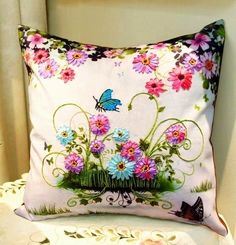 Amarna CRAFTS AND IMAGES: PILLOWS