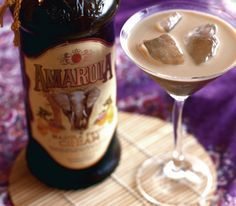 you haven't had Amurula you are missing out! This looks delicious! Drinks Alcohol Recipes, Non Alcoholic Drinks, Bar Drinks, Cocktail Drinks, Zeina, Ice Cream Desserts, Food Items, I Love Food, Sweet Recipes