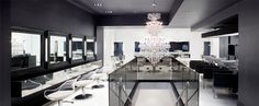Chris Chase, New York: Chris Chase Salon is the brainchild of Mitchell Slabach and Kree Perkins, Two lifelong friends & veterans of the NYC beauty industry. Spa Interior, Beauty Salon Interior, Beauty Salon Design, Interior Design, Saloon, Salon Style, Elegant Nails, Modern Chandelier, Retail Design