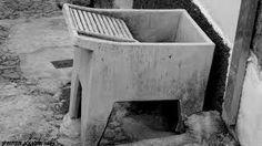 Tanques de cimento para lavar... A minha Avó Leonor tinha uma assim...
