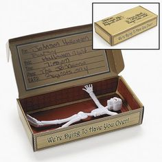 "Coffin Invitation in a Box : Invite friends to your Spooky party! This cardboard ""coffin"" box is the invitation with each box contains a 12.7 cm vinyl skeleton! Simple assembly required Box: 14.9 cm x 8.25 cm Price is per invitation & skeleton"