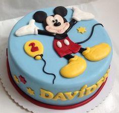 Dort Mickey Mouse - klikni pro větší velikost