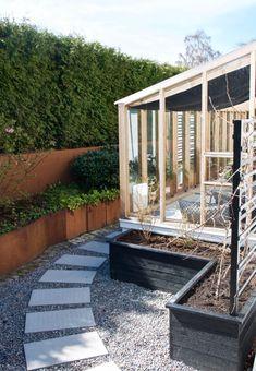 landskapsarkitekt - trädgårdsälskare - trädgårdsblogg Garden Cottage, Home And Garden, Log Shed, Fresco, Gazebo, Pergola, Entrance Design, Outdoor Living, Outdoor Decor