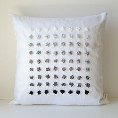Loving this stylish gradient pillow!