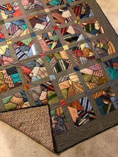 Colchas Quilt, Crumb Quilt, Scrappy Quilt Patterns, Patch Quilt, Scrappy Quilts, Easy Quilts, Quilt Blocks, Necktie Quilt, String Quilts