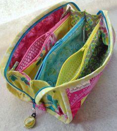 Zipp-Tasche (viele Fächer)