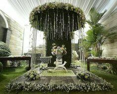 """ถูกใจ 260 คน, ความคิดเห็น 4 รายการ - The Weddings Area (@theweddingsarea) บน Instagram: """"Dekorasi untuk siraman dari @inesiregar"""""""