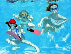 "Oh to be a kid again...""The Fenn Kids"", 2006, acrylic on canvas, 190 x 250 cm (59 x 102 inch)"