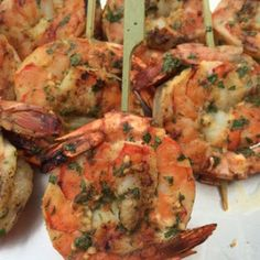 Caribbean Shrimp Lollipops Cupid called: he wants the chocolates back! Spice things up any day of the year with Caribbean Shrimp Lollipops! Fish Dishes, Seafood Dishes, Seafood Recipes, Cooking Recipes, Easy Recipes, Braai Recipes, Grilled Shrimp Recipes, Shrimp Appetizers, Appetizer Recipes