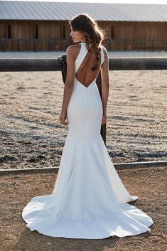 QUEEN   One Day Bridal USA