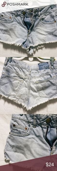 Denim Shorts • worn x2 (EUC) • NO flaws/defects • W25 (64cm)  NO trades/swaps NO refunds/exchanges NO bank transfers NO modelling PayPal & Apple Pay recommended  (I don't live in the US anymore but I am willing to ship to the US. All prices are inclusive of shipping. Please pardon the shipping duration. Rest assured, all parcels will come with a tracking number. For more info, email me - Lpspooh@gmail.com ☺️) Topshop Shorts Jean Shorts