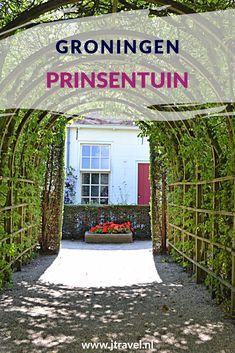 De Prinsentuin in Groningen bestaat uit een rozentuin, kruidentuin en een berceaus (een met bomen overgroeid pad). Lees je mee over de Prinsentuin in Groningen? #prinsentuin #groningen #jtravel #jtravelblog