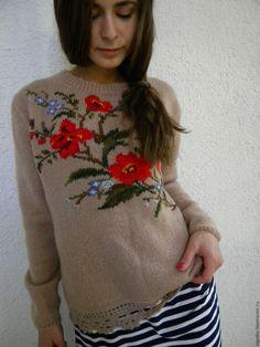 """Купить Джемпер с вышивкой """"Городские цветы"""". - бежевый, свитер с рисунком, свитер женский, джемпер вязаный"""