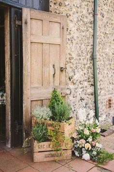 eco-friendly wedding decor ideas for rustic vintage weddings