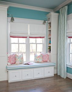 House of Turquoise: Cristi Holcombe Interiors Custom drapery panels Lacefield Tahitian Stitch Horizon fabric Pink and turquoise little girl's bedroom Teenage Girl Bedrooms, Big Girl Rooms, Girls Bedroom, Bedroom Turquoise, House Of Turquoise, Bedroom Colors, Bedroom Decor, Bedroom Ideas, Bedroom Windows