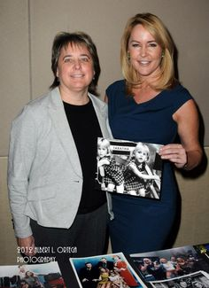 Diane & Erin Murphy who played Tabitha from Bewitched. Diane played Season 1 only. Agnes Moorehead, Young Movie, Bewitched Elizabeth Montgomery, Erin Murphy, Celebrity Siblings, Diane, Comedy Tv, Old Tv Shows, Family Album