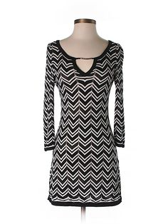 Check it out—White House Black Market Casual Dress for $19.99 at thredUP!