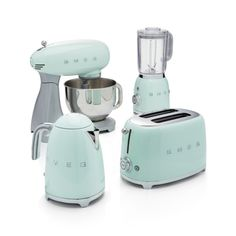 Smeg Pastel Green Retro Electric Kettle - Crate and Barrel Classic Kitchen, New Kitchen, Kitchen Ideas, Kitchen Designs, Kitchen Inspiration, Minimal Kitchen, Kitchen Small, Updated Kitchen, Kitchen Redo