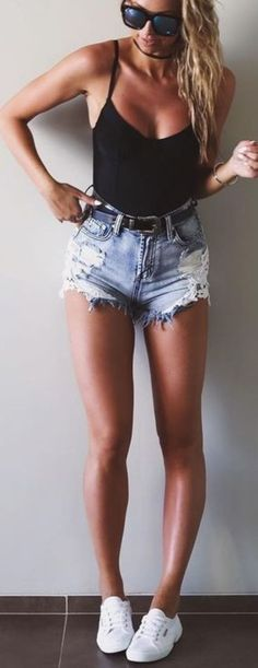 Cool 46 Summer Outfits to Make Your Booty Turn Heads http://inspinre.com/2018/03/13/46-summer-outfits-to-make-your-booty-turn-heads/