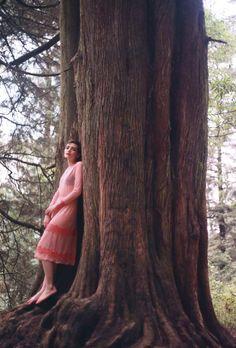 Colaboración con Carla Escareño #carlaescareño #dress  #designer #mexican #mexico #fashion #love #girl #pi #blog #blogger #spring #shooting #outfit #style #pretty #woods #outdoor #pure # white #lifestyle #bosque #happy #golden #amor #amor #stars #trees #red #lips #pink #tree