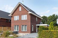 Biddinghuizen Cabin, House Styles, Home Decor, Decoration Home, Room Decor, Cabins, Cottage, Home Interior Design, Wooden Houses