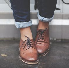 Trendy how to wear brogues women oxfords boots Ideas Mode Shoes, Women's Shoes, Shoe Boots, Fall Shoes, Ankle Boots, Dress Shoes, Look Vintage, Vintage Mode, Vintage Shoes