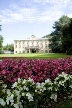 Villa Acquaroli e i suoi fiori
