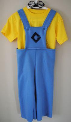 Despicable Me minion costume.  www.hungiegungie.com