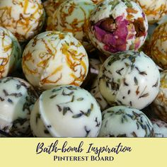 Turn even the smallest of bathrooms into a spa with these aromatherapeutic DIY Non-Toxic Fizzing Shower Bombs. By Leigh Winters. Diy Hanging Shelves, Diy Wall Shelves, Floating Shelves Diy, Pot Mason Diy, Mason Jar Crafts, Shower Bombs, Bath Bombs, Diy Home Decor Projects, Diy Projects To Try