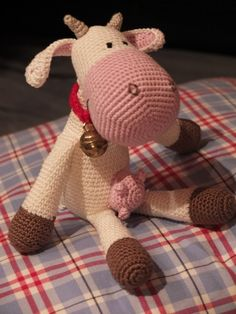 pattern: Freebie: thanks so for kind share xo http://www.ravelry.com/patterns/library/the-spotless-cow