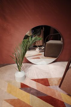 round mirror behind potted flower on floor inside room Living Room Colors, Living Room Modern, Rugs In Living Room, Living Room Furniture, Living Room Decor, Couch Furniture, Sofa Chair, Furniture Sets, Living Spaces
