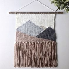 New Wall Tapestry Diy Inspiration Textiles Ideas Weaving Textiles, Weaving Art, Weaving Patterns, Tapestry Weaving, Loom Weaving, Wall Tapestry, Hand Weaving, Weaving Wall Hanging, Wall Hangings