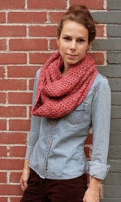 Stockholm Scarf in TFA yellow label in 'Sunset'. Check out pattern on julies blog