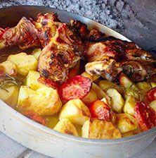 Μαγικό μαγείρεμα που βασίζετε στην βραδύτητα και στην ένωση πολλών διαφορετικών γεύσεων με την βοήθεια της θέρμης της φωτιάς! Greek Recipes, Potato Salad, Potatoes, Cooking Recipes, Lunch, Meat, Chicken, Dinner, Ethnic Recipes