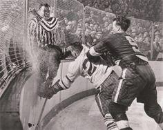 Mr. Hockey (Gordie Howe) Check | Detroit Red Wings | NHL | Hockey