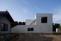 Gallery of House in Akitsu / Kazunori Fujimoto Architect & Associates  - 4