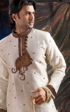 Latest Salwar Kameez Designs for Pakistani Men, Many designers have launched new salwar kameez collection for these summer which have fascinated. Pakistani Salwar Kameez Designs, Latest Salwar Kameez Designs, Mens Shalwar Kameez, New Saree Designs, Kurta Designs, Dress Designs, Indian Groom Wear, Indian Suits, African Men Fashion