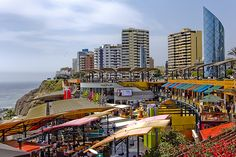 Larcomar en Miraflores, open mall built on edge of cliff....i really enjoyed this place.. The view was amazing
