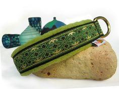 """Halsband mit Fleece """"Egregio grün"""" - Halsband, Geschirr, Leine selbst gestalten - peppetto.de"""